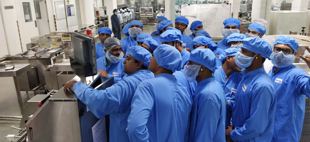 SPAN Engineer giving training to machine operators